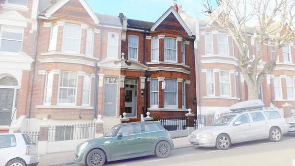 Thumbnail Hotel/guest house for sale in 27 St. James's Avenue, Brighton, East Sussex