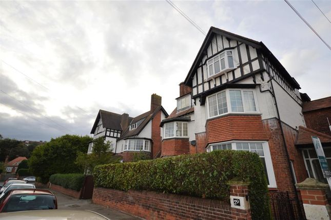 2 bed flat for sale in Holbeck Avenue, Scarborough