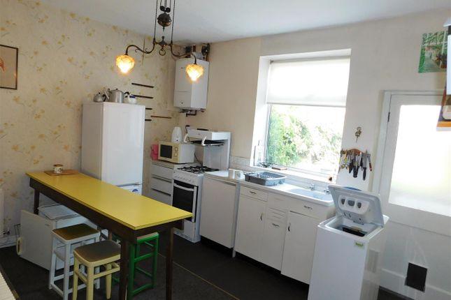 Kitchen of Fisher Street, Oldham OL1