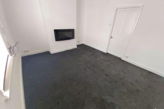 2 bed property to rent in Frank Street, Sunderland SR5