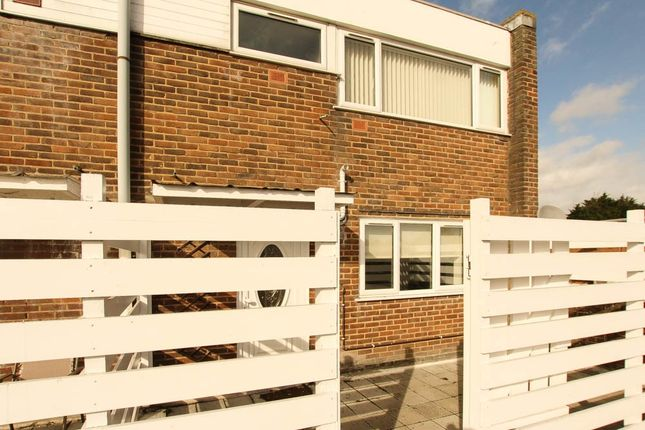 Thumbnail Maisonette for sale in Runwell Road, Wickford