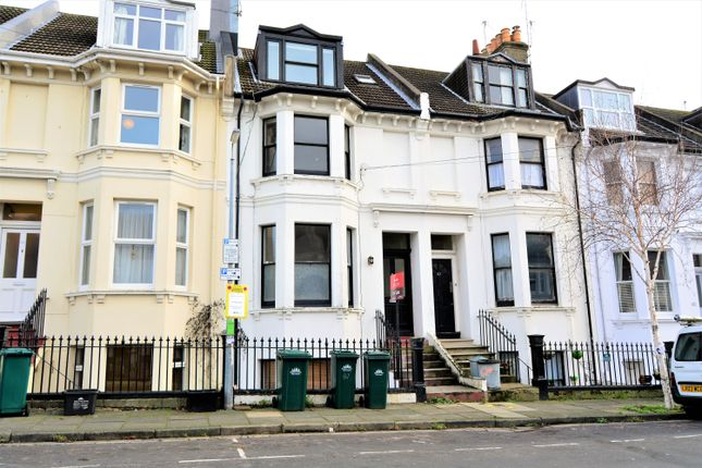 2 bed maisonette for sale in Warleigh Road, Birghton