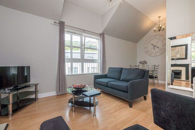 Thumbnail 1 bed flat to rent in Old Tolbooth Wynd, Old Town