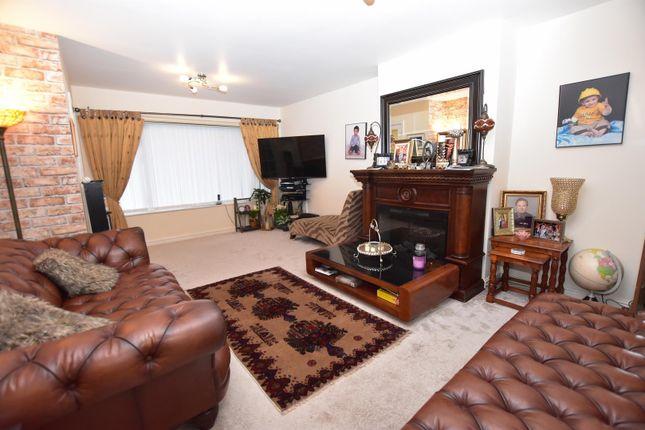 Dsc_0010 of Gleneagles Close, Vicars Cross, Chester CH3