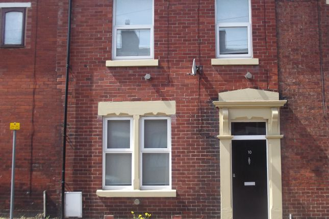 Thumbnail Terraced house to rent in Spa Road, Preston