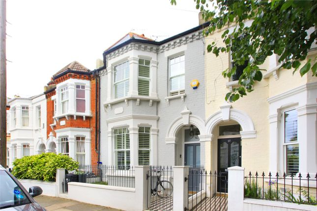 Picture No. 06 of Grandison Road, Battersea, London SW11