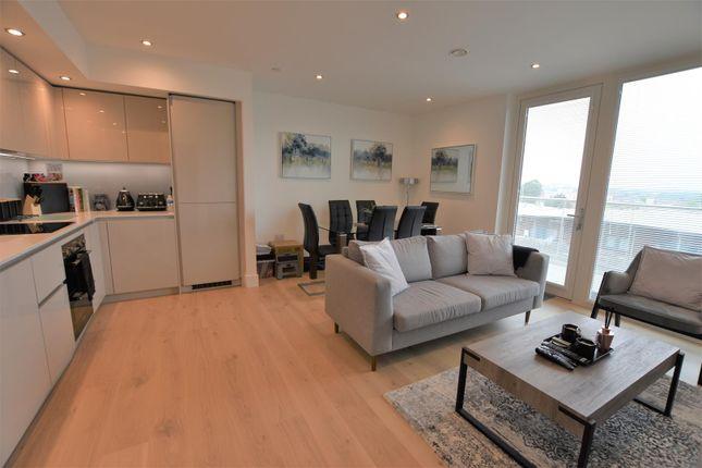 Thumbnail Flat to rent in Garnet Place, West Drayton