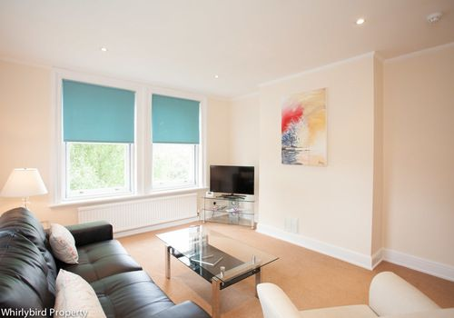 Thumbnail Flat to rent in Hughenden Road, High Wycombe, Buckinghamshire