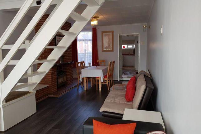 Thumbnail Flat to rent in Garden City, Nottingham