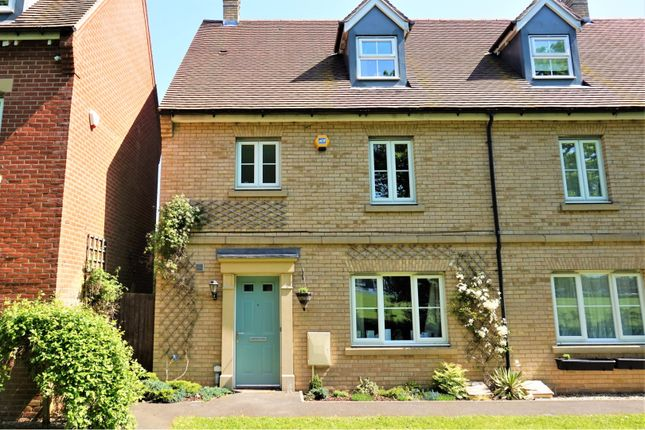 Thumbnail Town house for sale in Cater Walk, Colchester