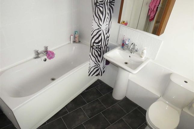 Bathroom of Jenkins Street, Hopkinstown, Pontypridd CF37