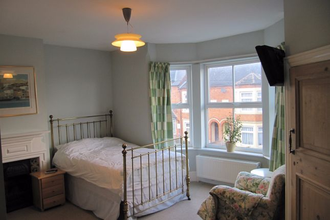 Thumbnail Room to rent in Manor Road, Rugby, Warwickshire