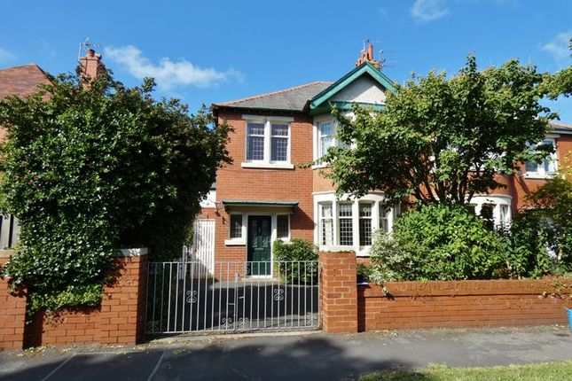 Thumbnail Semi-detached house for sale in Kingsway, Fairhaven