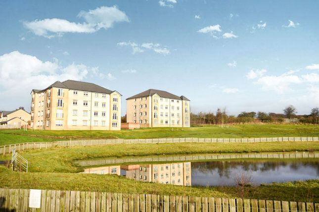 Thumbnail Flat for sale in Cambridge Crescent, Airdrie