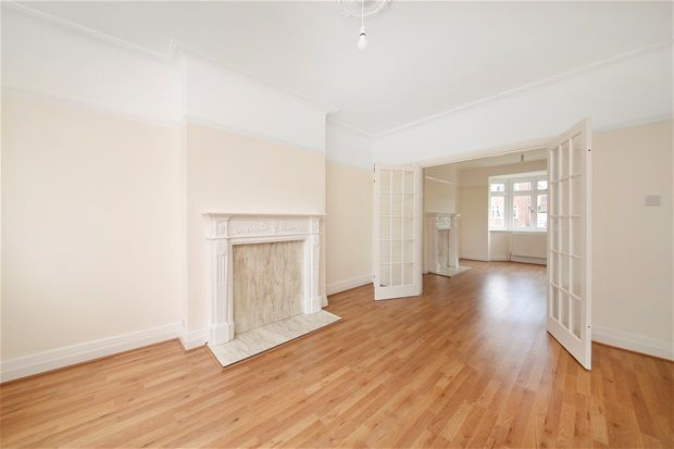 Thumbnail Semi-detached house for sale in Sunset Road, London