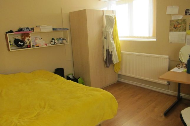 Thumbnail Flat to rent in St Michaels Court, Treforest, Pontypridd