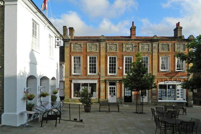 Thumbnail Flat to rent in Market Square, Midhurst