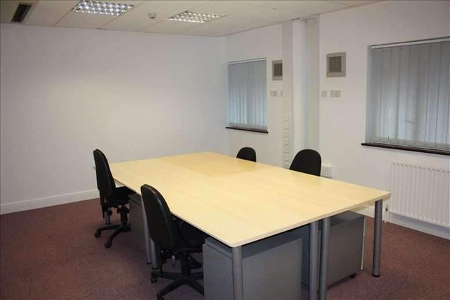 Thumbnail Office to let in High Street, Burnham, Slough