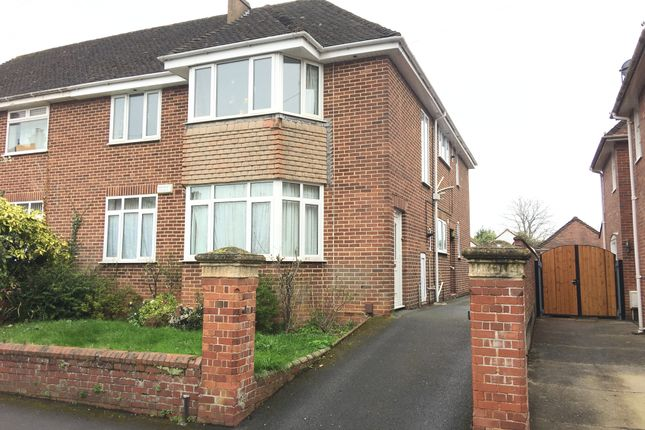 3 bed flat to rent in Marlborough Road, Exeter