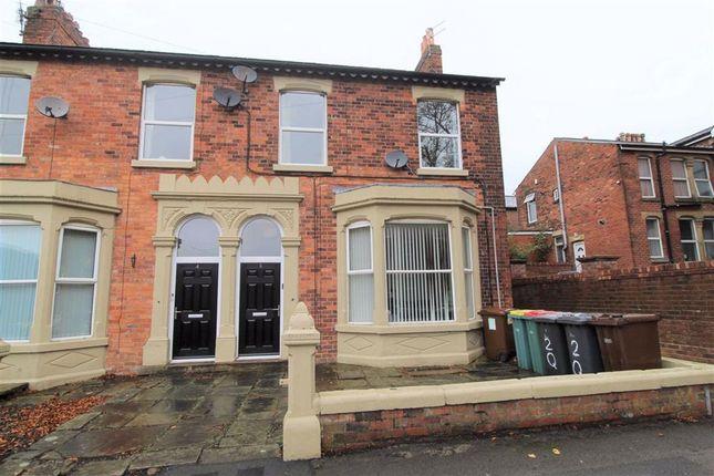 2 bed flat to rent in Queens Road, Fulwood, Preston PR2