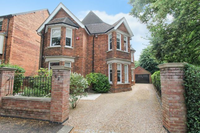 Thumbnail Detached house for sale in Bushmead Avenue, Bedford