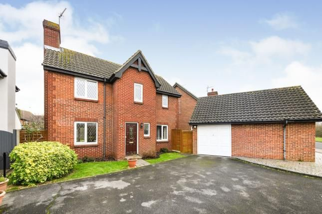 Thumbnail Detached house for sale in Rayleigh, Essex