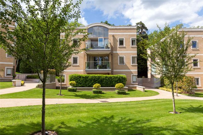 Thumbnail Flat for sale in The Park, South Park View, Gerrards Cross