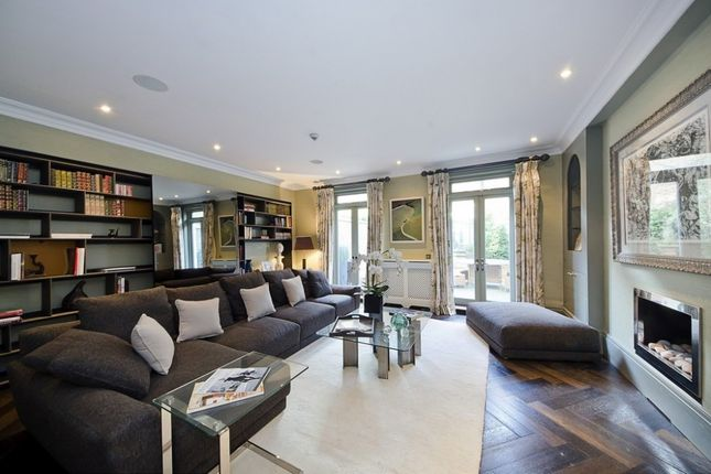 Thumbnail Property to rent in Belgravia Place, Belgravia