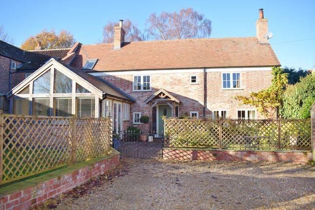 3 bed cottage for sale in Oak Cottage, Browns Lane, East Bridgford