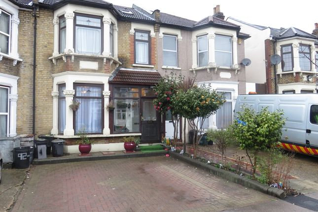 Thumbnail Terraced house to rent in Empress, Ilford
