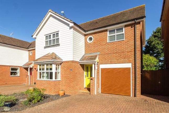 Thumbnail Detached house for sale in Ashbys Close, Edenbridge