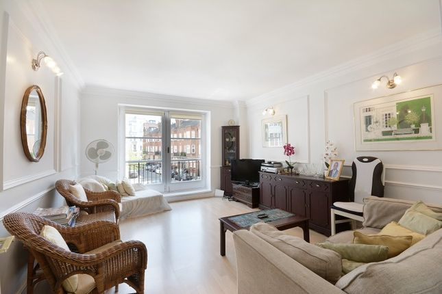 Thumbnail Flat to rent in Maybury Court, Marylebone Village, London W1G.