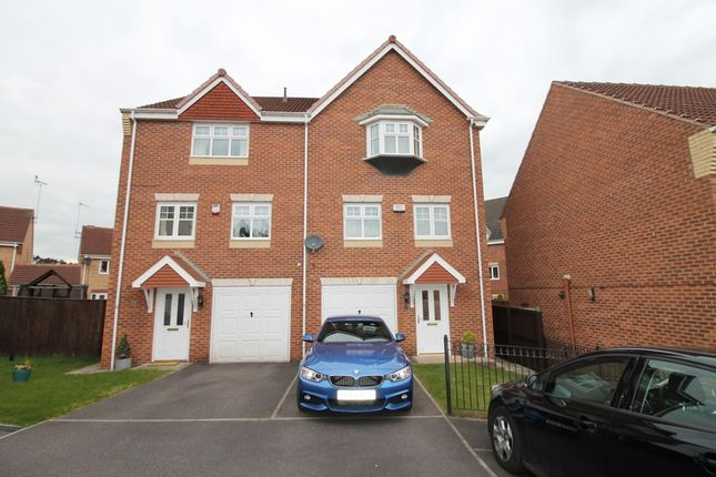 Thumbnail Semi-detached house to rent in Topaz Grove, Mansfield