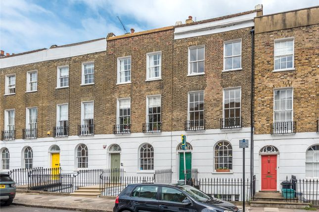 Maisonette to rent in Noel Road, Islington, London