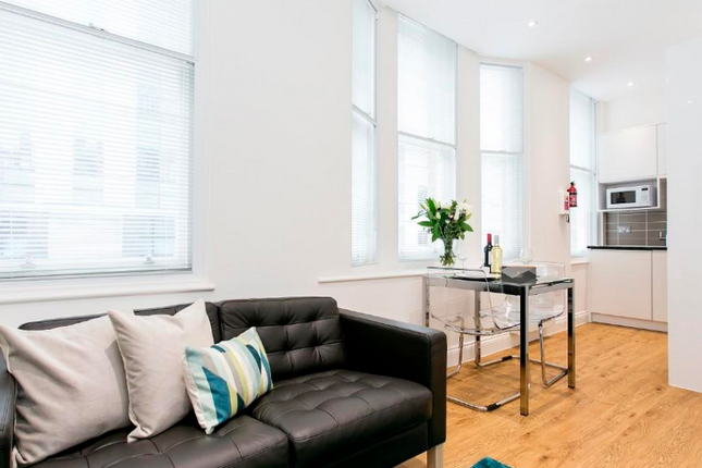 1 bed flat to rent in Wormwood Street, Liverpool Street, London EC2M