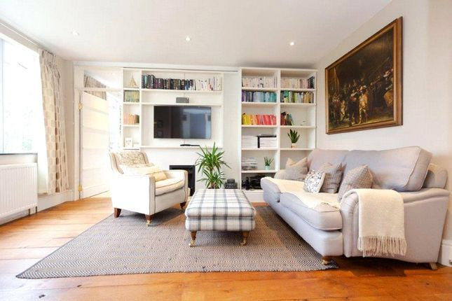 2 bed flat for sale in Thurleigh Court, Nightingale Lane, London SW12