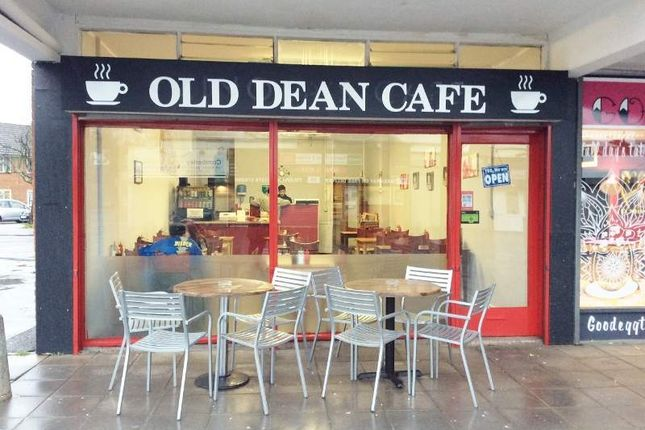 Thumbnail Restaurant/cafe for sale in 1 Dean Parade, Camberley