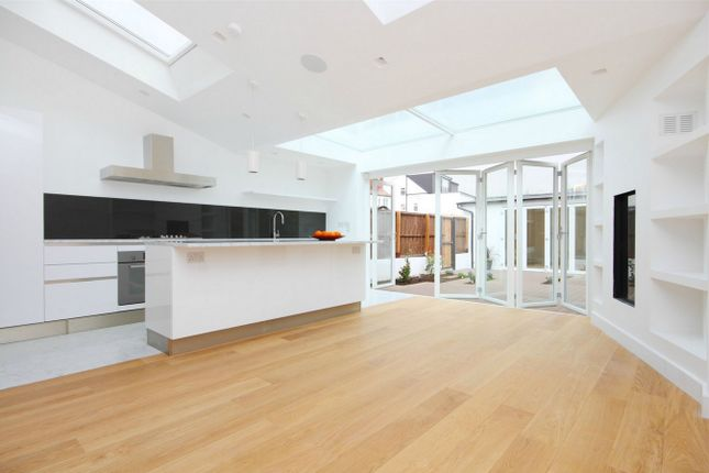 Thumbnail Semi-detached house to rent in Southfield Road, London