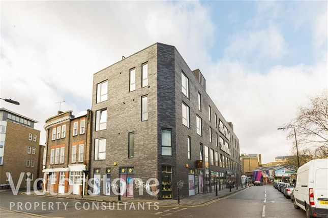 2 bed flat to rent in Hanbury Street, Shoredtich, London