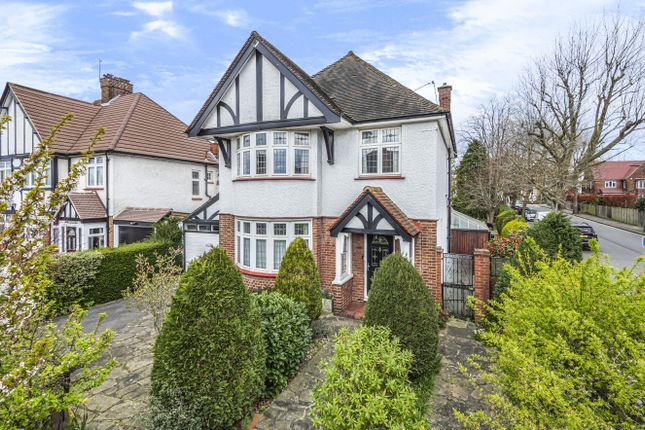 3 bed detached house for sale in Harwood Avenue, Bromley BR1
