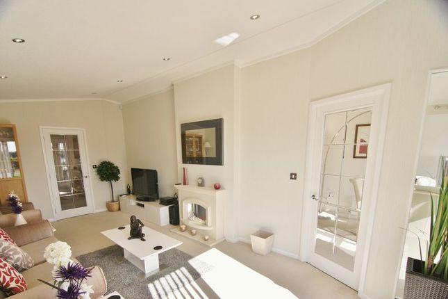 Lounge of Wyre Country Park, Wardleys Lane, Poulton-Le-Fylde FY6