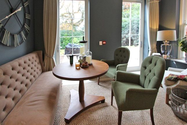 Communal Lounge of Holmwood, The Rise, Brockenhurst, Hampshire SO42