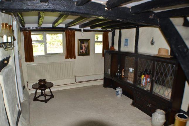 Drawing Room of Oaklands, Brimpton Road, Brimpton, Reading RG7