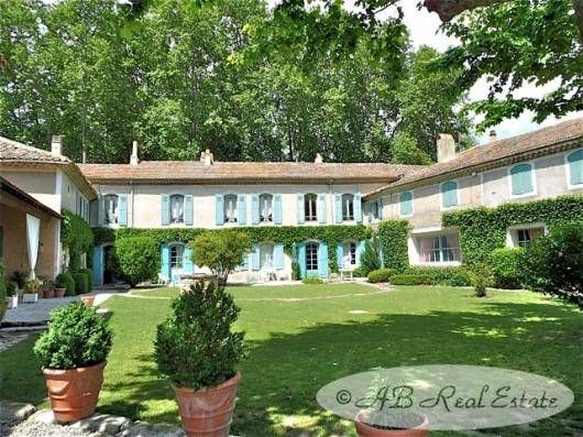 14 bed property for sale in 30630 Goudargues, France