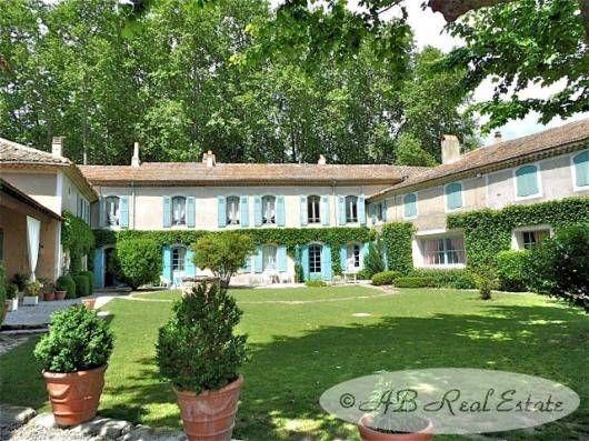 30630 Goudargues, France