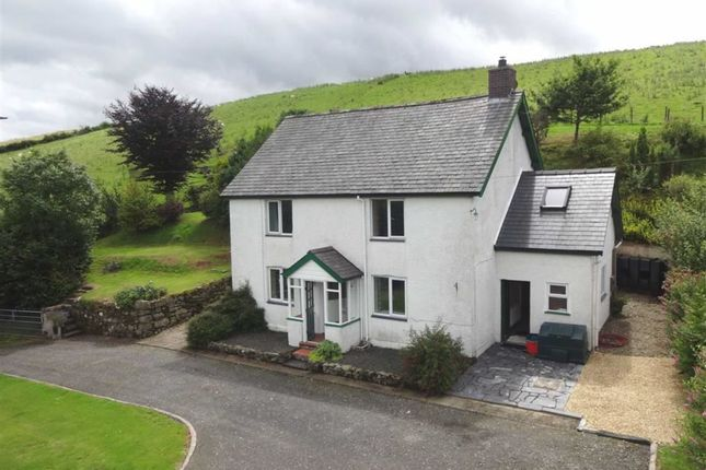 Thumbnail Detached house for sale in Caetalhaearn, Commins Coch, Machynlleth, Powys