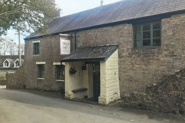 Pub/bar for sale in Littlehempston, Totnes