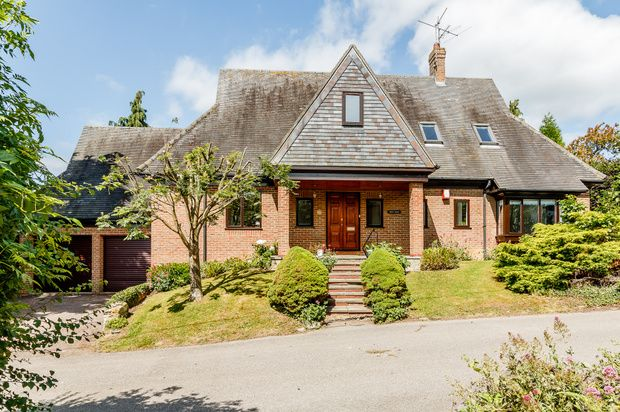 Thumbnail Detached house for sale in Mill Lane, Pavenham, Bedford