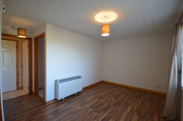 Thumbnail Flat to rent in Murray Terrace, Smithton, Inverness IV2,