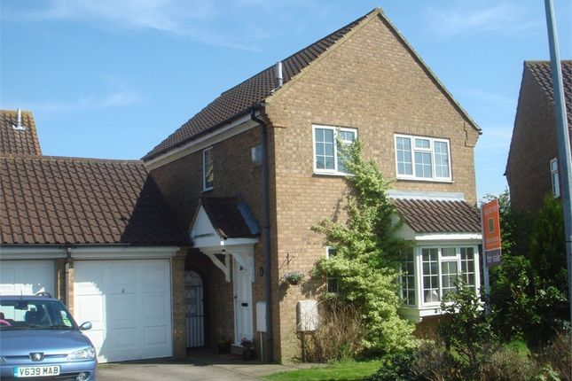 Thumbnail Detached house for sale in Fyne Drive, Leighton Buzzard, Bedfordshire